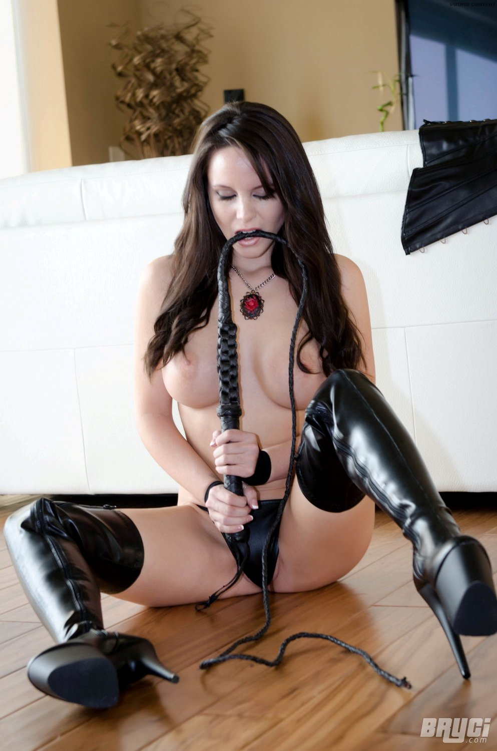 bryci nude in leather